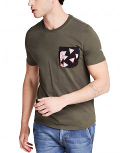 GUESS Printed Pocket Tee Forest