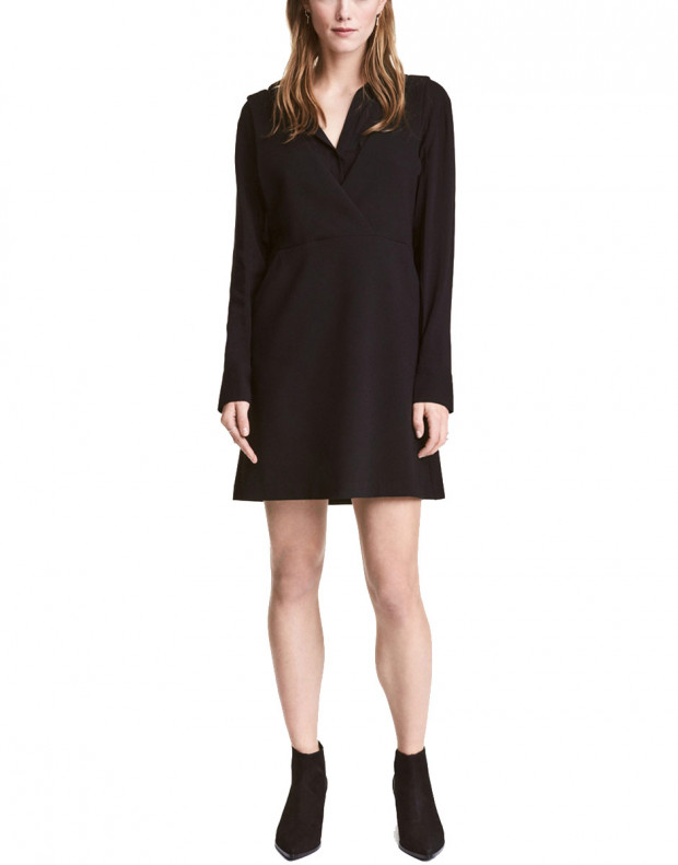H&M Sleeveless V-Neck Dress