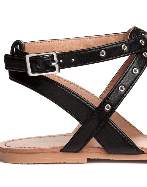 H&M Toe-Post Sandals - 2