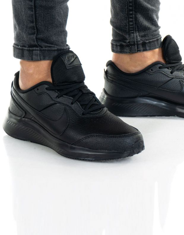 NIKE Varsity Running All Black - CN9146-001 - 9
