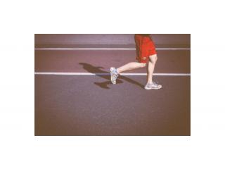 Трябва ли да имаме спортни обувки само за залата и защо?