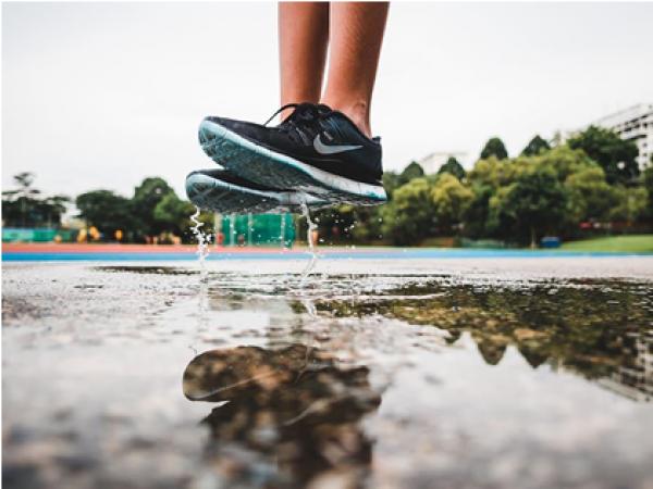 Каква марка детски спортни обувки и дрехи да изберем?